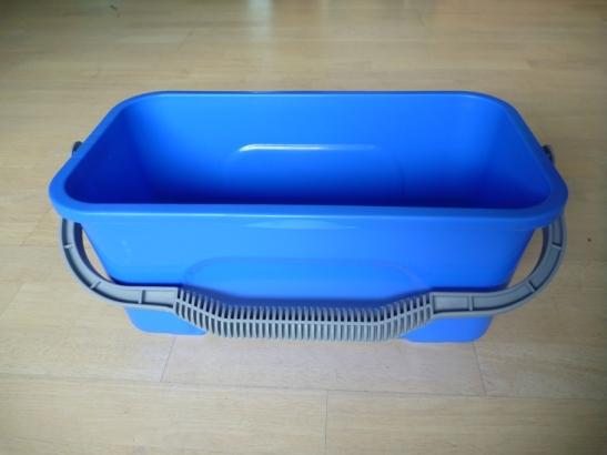 commercial window cleaning bucket, window cleaning, window bucket auckland cleaning products
